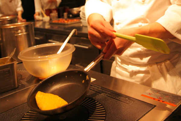 Chef's Live Corner - Omelets or Fried Eggs